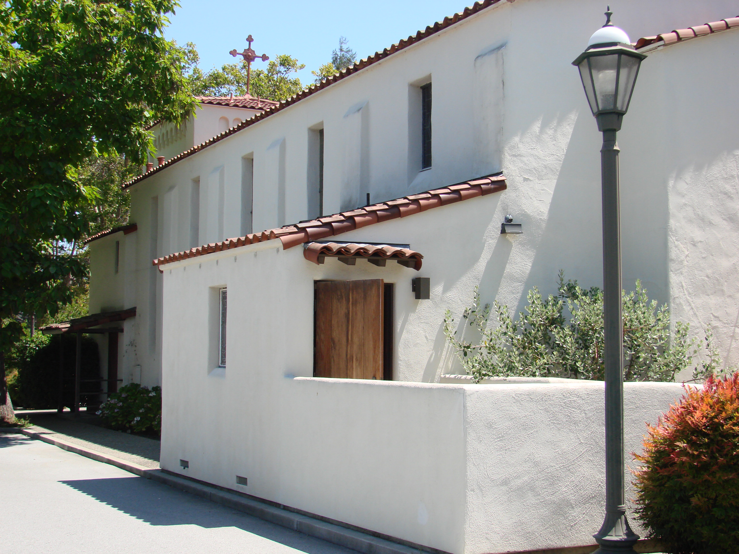 California mission style architecture - Ah