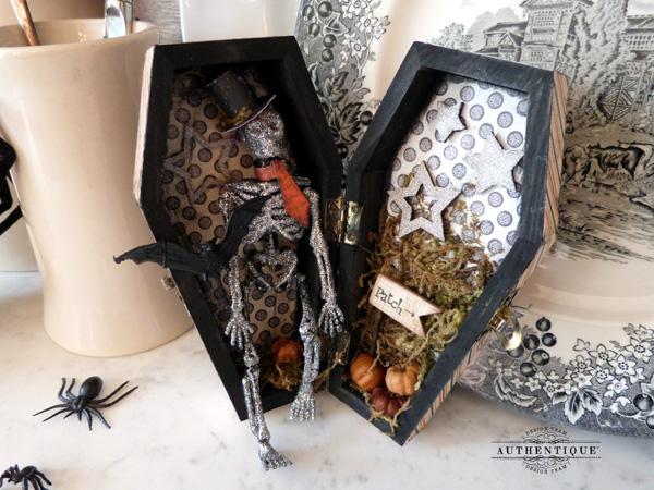 AudreyPettit-Enchanted-UmWowStudio-Coffin