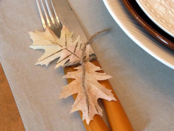 Audrey Pettit Sizzix Fall Leaves Place Settings3
