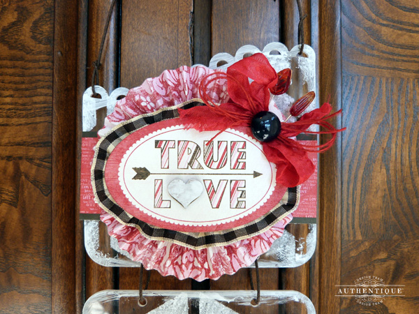 AudreyPettit-Smitten-TrueLoveHanging3