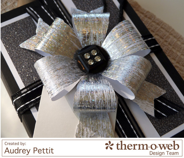 AudreyPettit Thermoweb DecoFoil WishGiftBox4