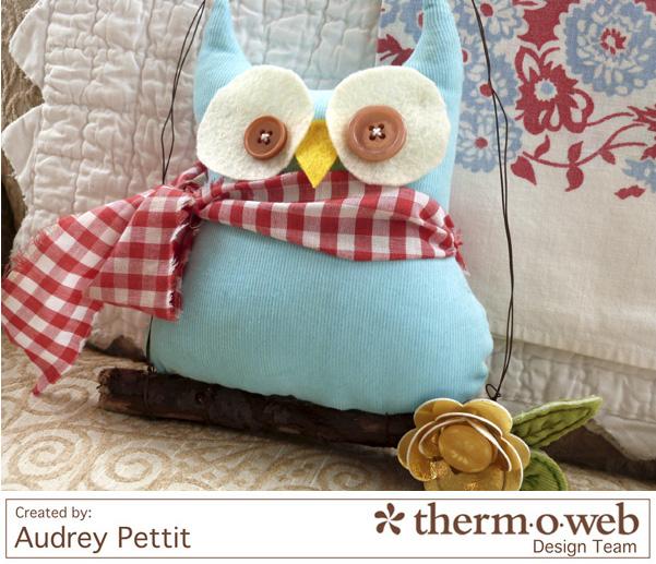AudreyPettit Thermoweb DecoFoil OwlHanger2