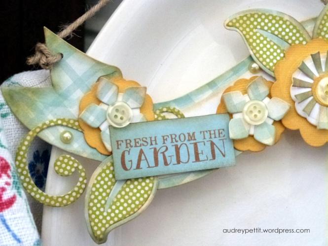 AudreyPettit Sizzix GardenHanger3